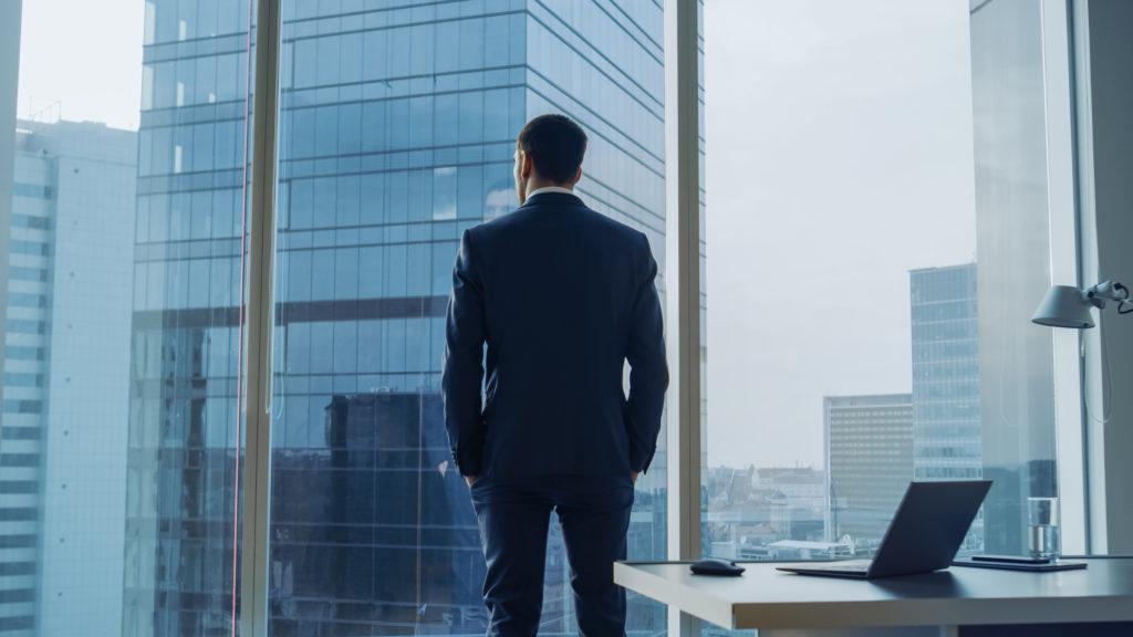 経営を左右する認知バイアスとは?具体例と対策方法を紹介